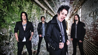 Papa Roach-klippremier: Burn