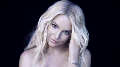 Parányi bikiniben mutatta meg dögös domborulatait Britney