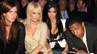 Paris Hilton és Kim Kardashian békét kötött