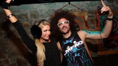 Paris Hilton RedFoóval bulizott