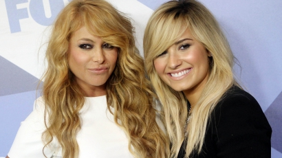 Paulina Rubio és Demi Lovato öribarik