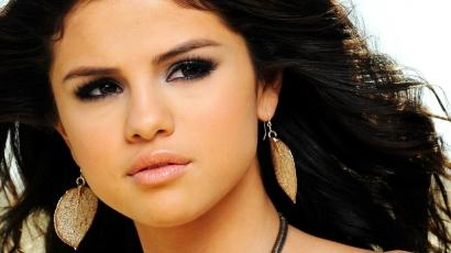 Plágiummal vádolják Selena Gomezt!