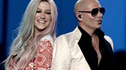 Dalt lopott Kesha és Pitbull?