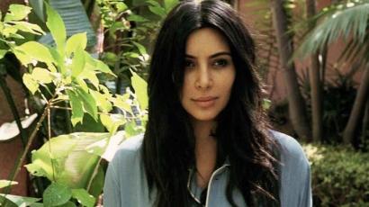 Pucér fotóval bizonyította terhességét Kim Kardashian