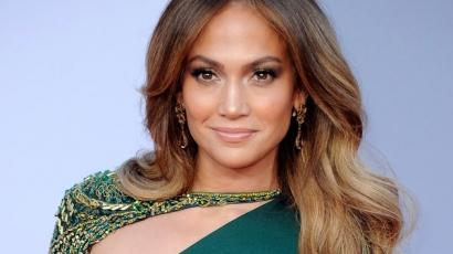 Pucéran reklámozza parfümjét Jennifer Lopez