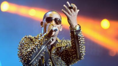 """R. Kelly tagadja a róla szóló pletykákat: """"Ez az egész egy nagy rakás szar"""""""