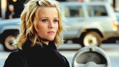 Reese a családon belüli erőszak ellen
