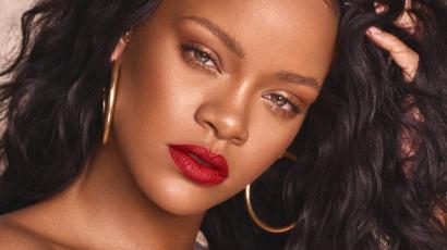 Rekordot döntött Rihanna