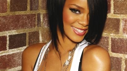 Rihanna sebességbe kapcsol