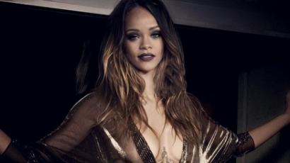 Rihanna sztriptízelt, de nem Chris Brownnak