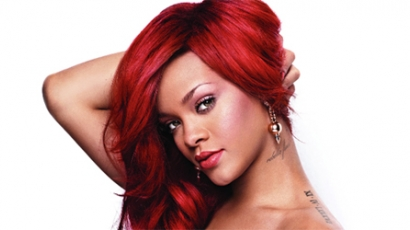 Rihanna vagyonokat költ hajkoronájára