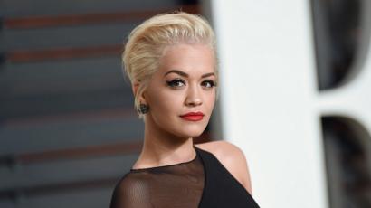 Rita Ora arca felismerhetetlenül megváltozott! Csak nem kés alá feküdt az énekesnő?