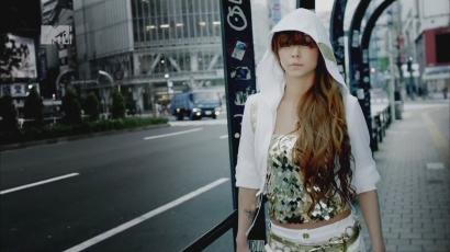 Rivaldafényben táncol Namie Amuro új klipjében