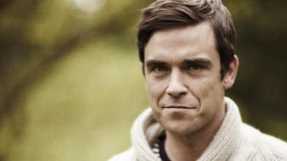 Robbie Williams felpumpált felsőtestével kérkedik