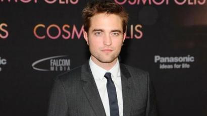 Robert Pattinson új barátnővel nyomul?