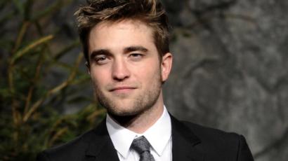 Robert Pattinson újra szerelmes!