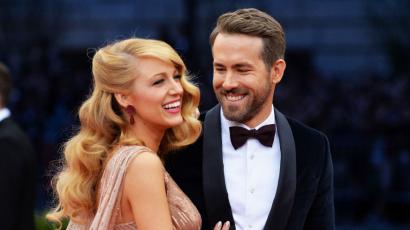 Ryan Reynolds viccesen köszöntötte fel a feleségét