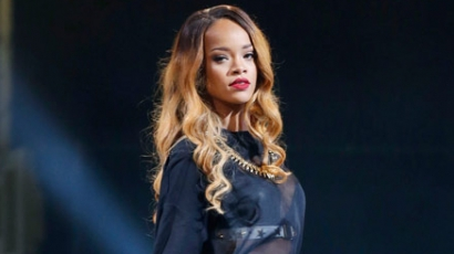 Saját koncertjéről maradt le Rihanna