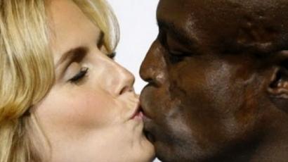 Seal meglepődött, mikor rájött, exneje újra házas