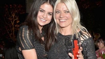 Selena Gomez divattanácsadója nyerte az év stylistja díjat