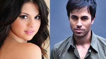 Selena Gomez Enrique Iglesiasért rajong