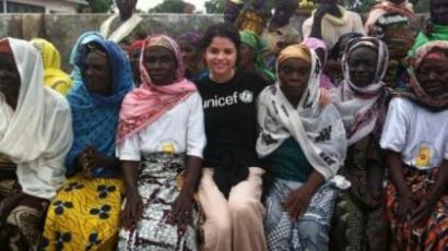 Selena Gomez ismét Afrikába látogat