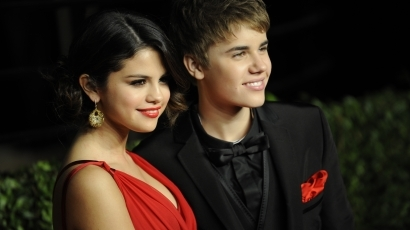 """Selena Gomez: """"Justin remekül csókol"""""""