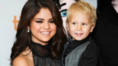 Selena Gomez Bieber tesóival ment a filmpremierre