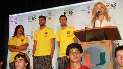 Shakira társul az FC Barcelonával