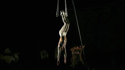 Sokk! 16 méter magasból zuhant le a Cirque Du Soleil akrobatája
