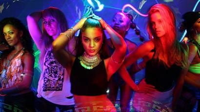 Klippremier: Vanessa Hudgens, YLA — $$$ex