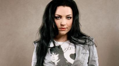 Stúdióba vonult az Evanescence énekesnője