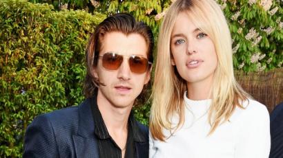 Szakított barátnőjével az Arctic Monkeys frontembere