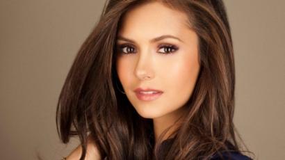 Szépségtippeket ad Nina Dobrev