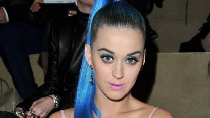 Szexszel jótékonykodik Katy Perry!