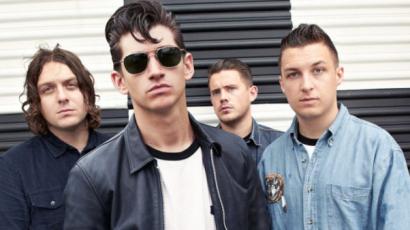 Sziget 2018: Az Arctic Monkeys is Magyarországra jön