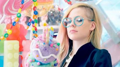 Szívás Avril Lavigne rajongójának lenni