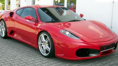 Sztárok kedvenc autói: Ferrari