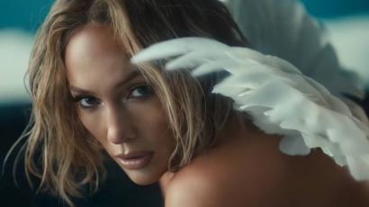 Szuperszexi klippel jelentkezett J.Lo: csaknem mindenét megmutatta