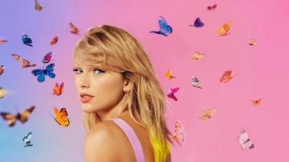 Taylor Swift egy banán miatt sírni kezdett, anyukája levideózta