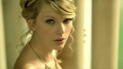 Taylor Swift nagyon élvezi újra felvenni régi dalait: elmondta, melyik a kedvence!