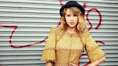 Taylor Swift szingli és boldogabb, mint valaha
