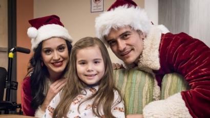Télapónak és Télanyónak öltözve jótékonykodott Orlando Bloom és Katy Perry