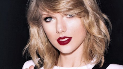 Teljesen lehúzza rajongóit Taylor Swift