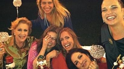 Thalía és Laura Zapata együtt karácsonyozott