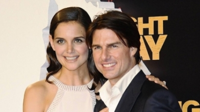 Tom Cruise beleszól Katie Holmes karrierjébe