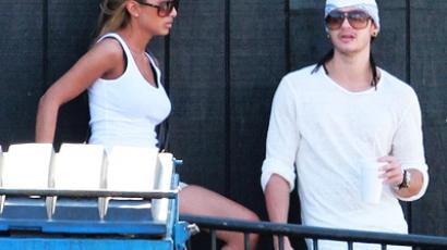 Tom Kaulitznak barátnője van