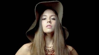 Új kislemezzel jelentkezik Marion Raven