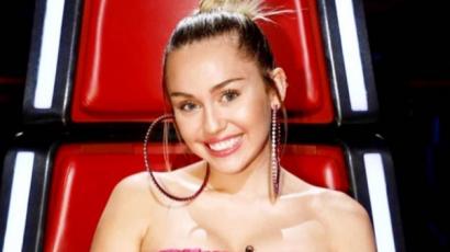 Új tetoválást varratott Miley Cyrus