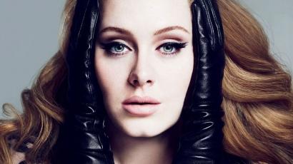 Újabb rekordot döntött meg Adele